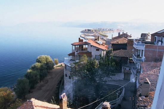 רחוב, ארץ האגמים, הרי הטרוס, טיולים בטורקיה